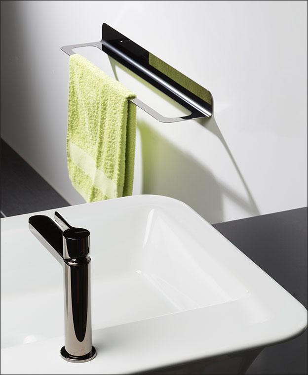 Towel hanging rail black chrome bathroom accessories - Black and chrome bathroom accessories ...