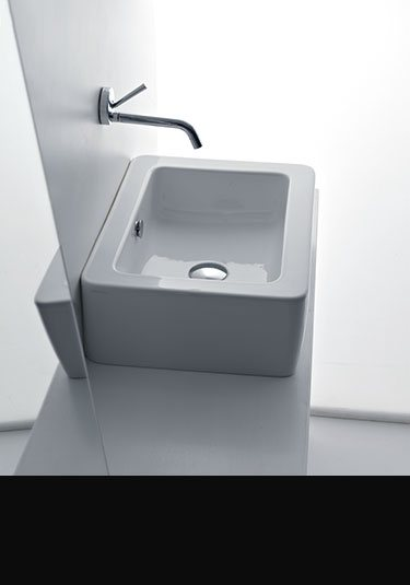 Cloakroom Suite Small Toilets Amp Basins Livinghouse