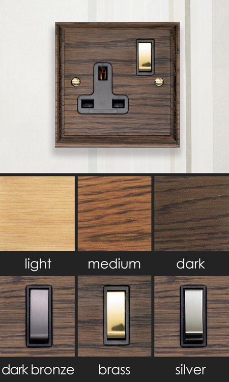 Oak Electrical Plug Socket (118E)
