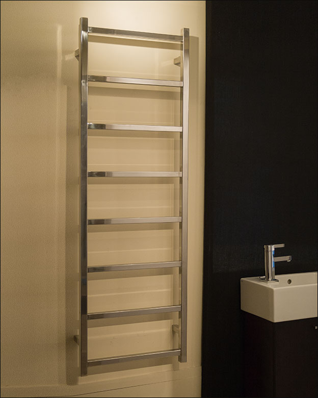 Stainless Steel Heated Towel Rail Radiator: Polished Stainless Steel Heated Towel Rail UK