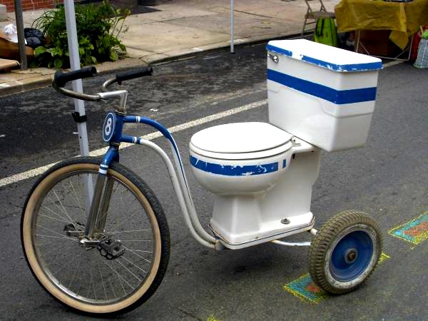 toilet-tricycle