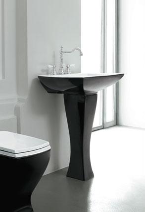lulu-black-pedestal