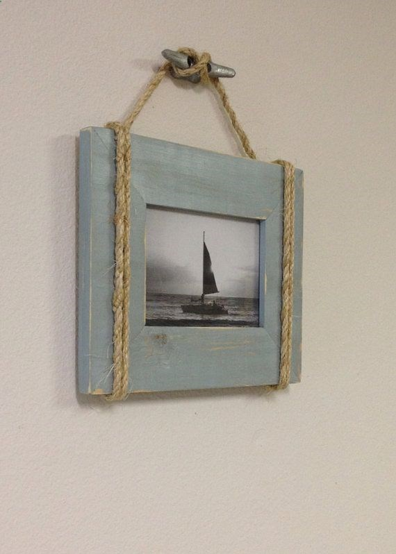 Rope picture frame