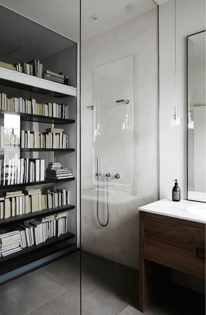 books-in-bathroom