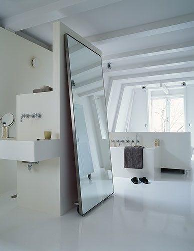 large-mirror-minimal