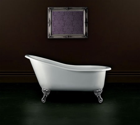 victorian-slipper-roll-top-bath