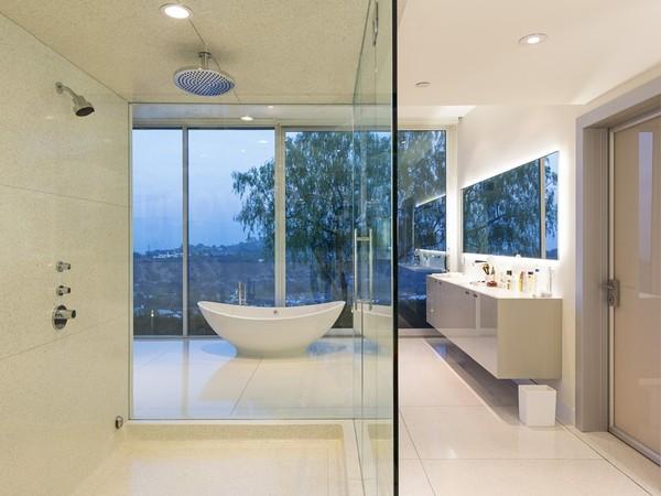 pharrell-bathroom