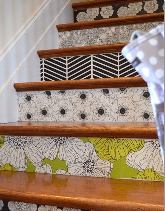 flowers-wallpaper-staircase