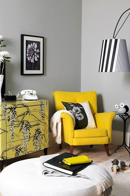 yellow-chair-bedroom