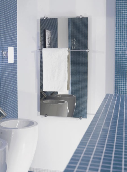 mirror-heated-towel-rail