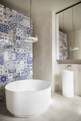 patchwork-bathroom-tiles