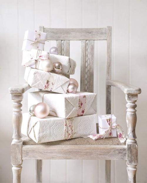 white-xmas-gifts