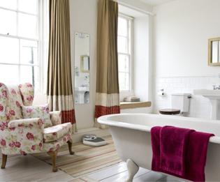 armchair-bathroom