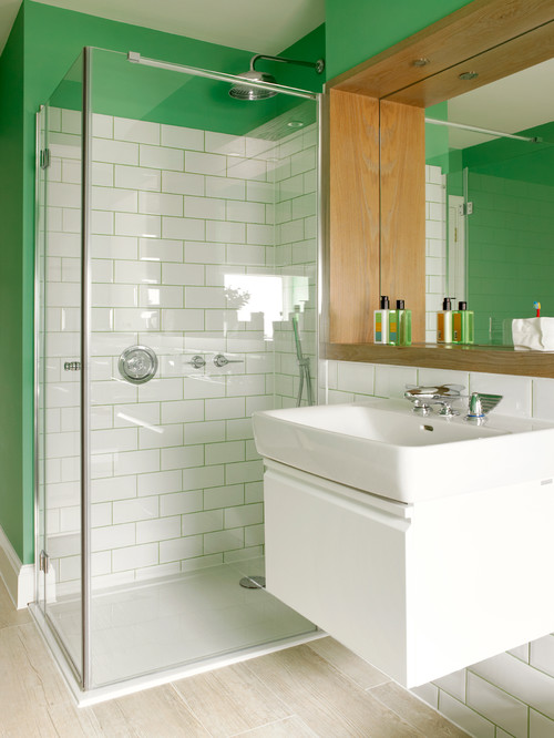 green-bathroom-green-grout