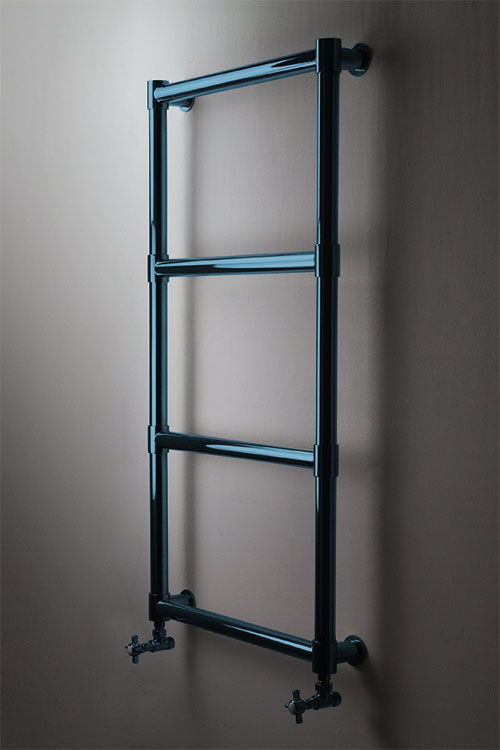Roundy Chunky Blue Chrome Towel Warmer
