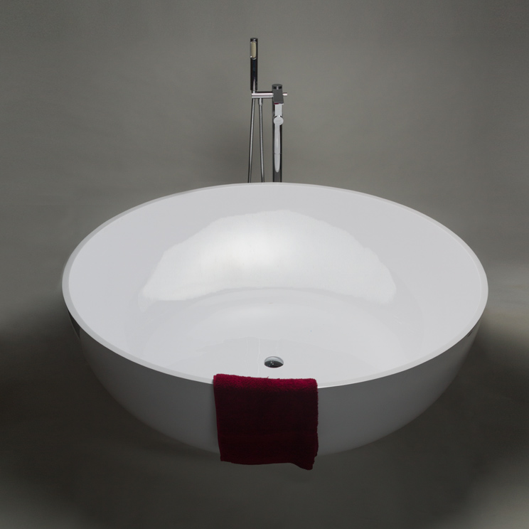 Polo Stone Resin Round Bath